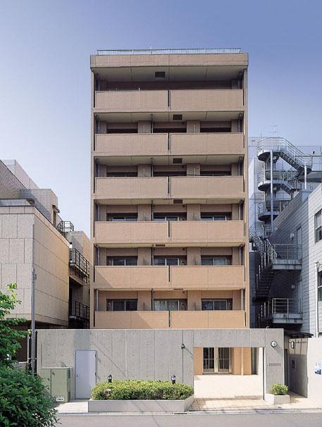Roppongi Rise House